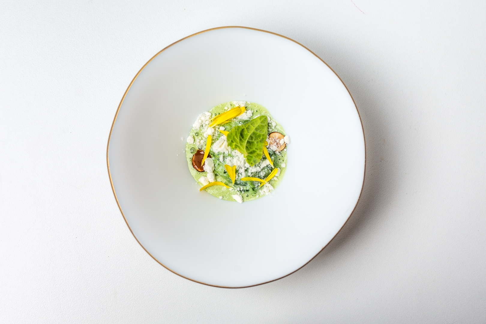 Creamed spinach and trout roe